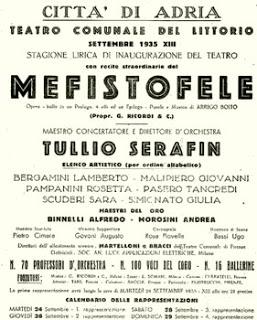 Teatro Comunale di Adria: un'ottantenne truccata male.